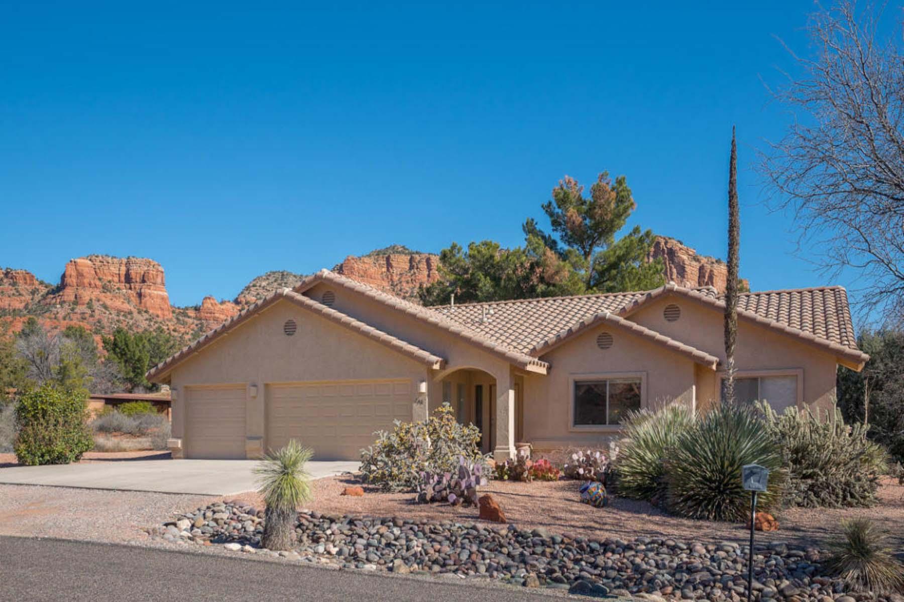 Tek Ailelik Ev için Satış at Comfortable, easy and pleasing describe the lifestyle provided by 240 Moons View 240 Moons View Rd Sedona, Arizona 86351 Amerika Birleşik Devletleri