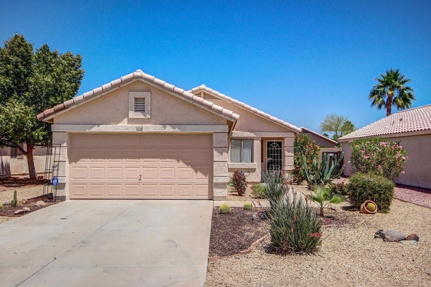 rentals property at Clean and bright home in Mountain Vista Ranch