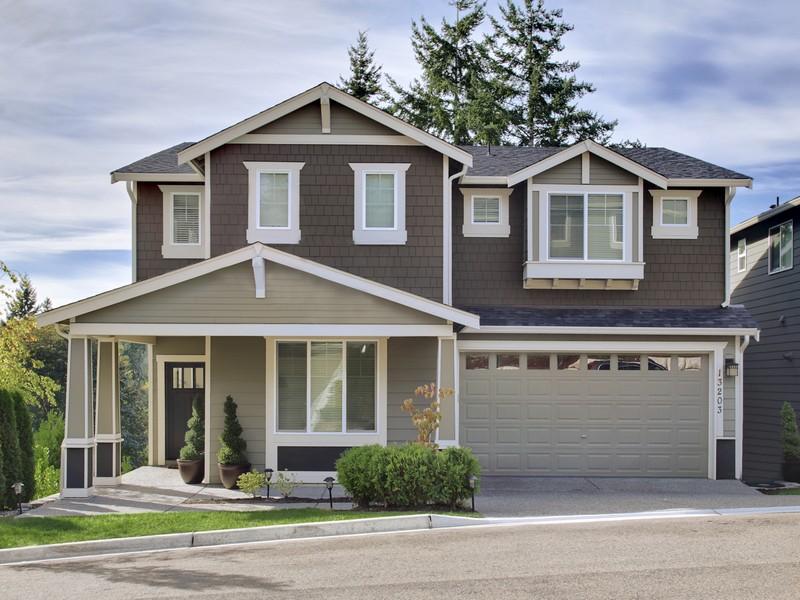 Vivienda unifamiliar por un Venta en Elegant Kirkland Home 13203 106th Place NE Kirkland, Washington 98034 Estados Unidos