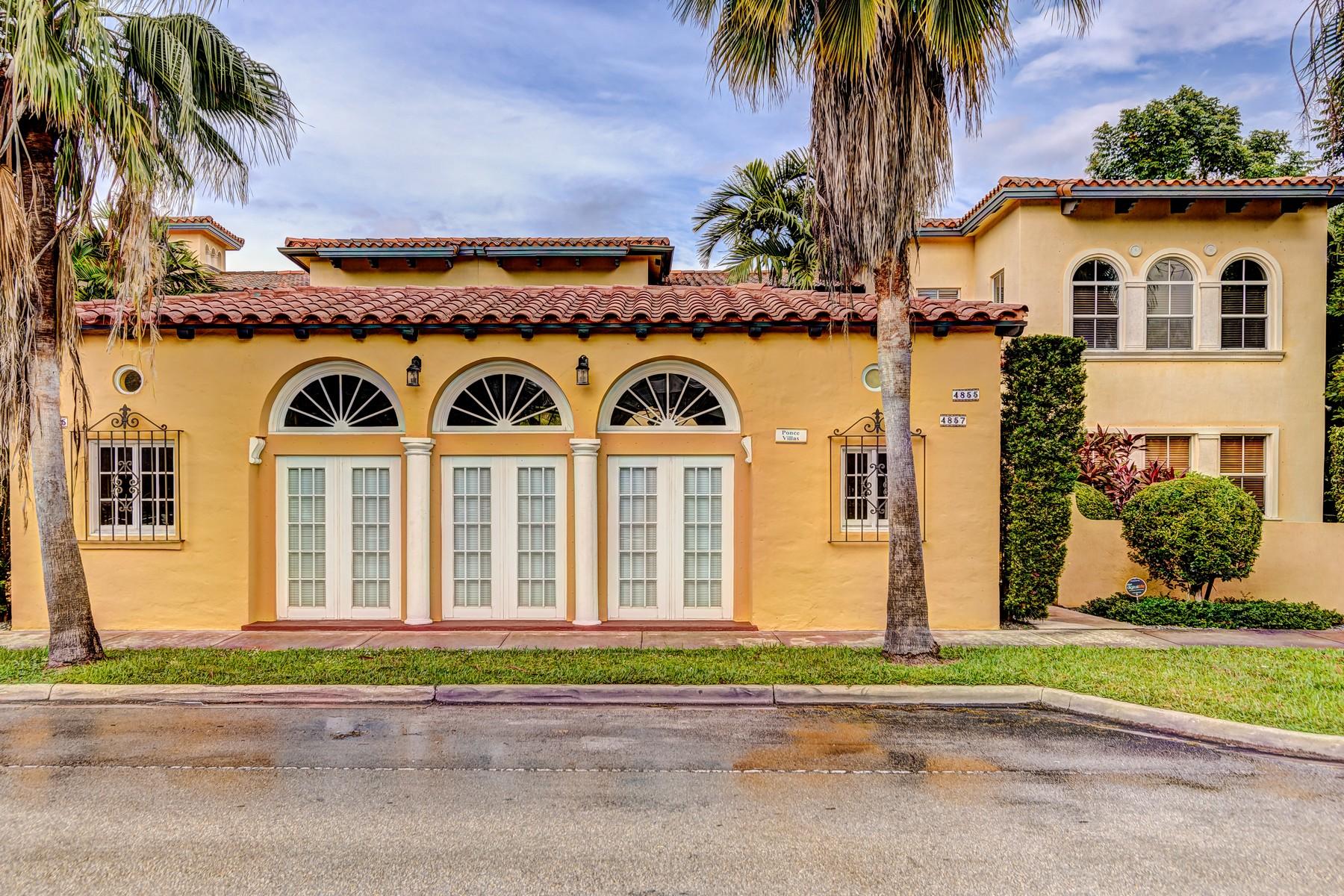 단독 가정 주택 용 매매 에 4857 Ponce De Leon Blvd Coral Gables, 플로리다 33146 미국
