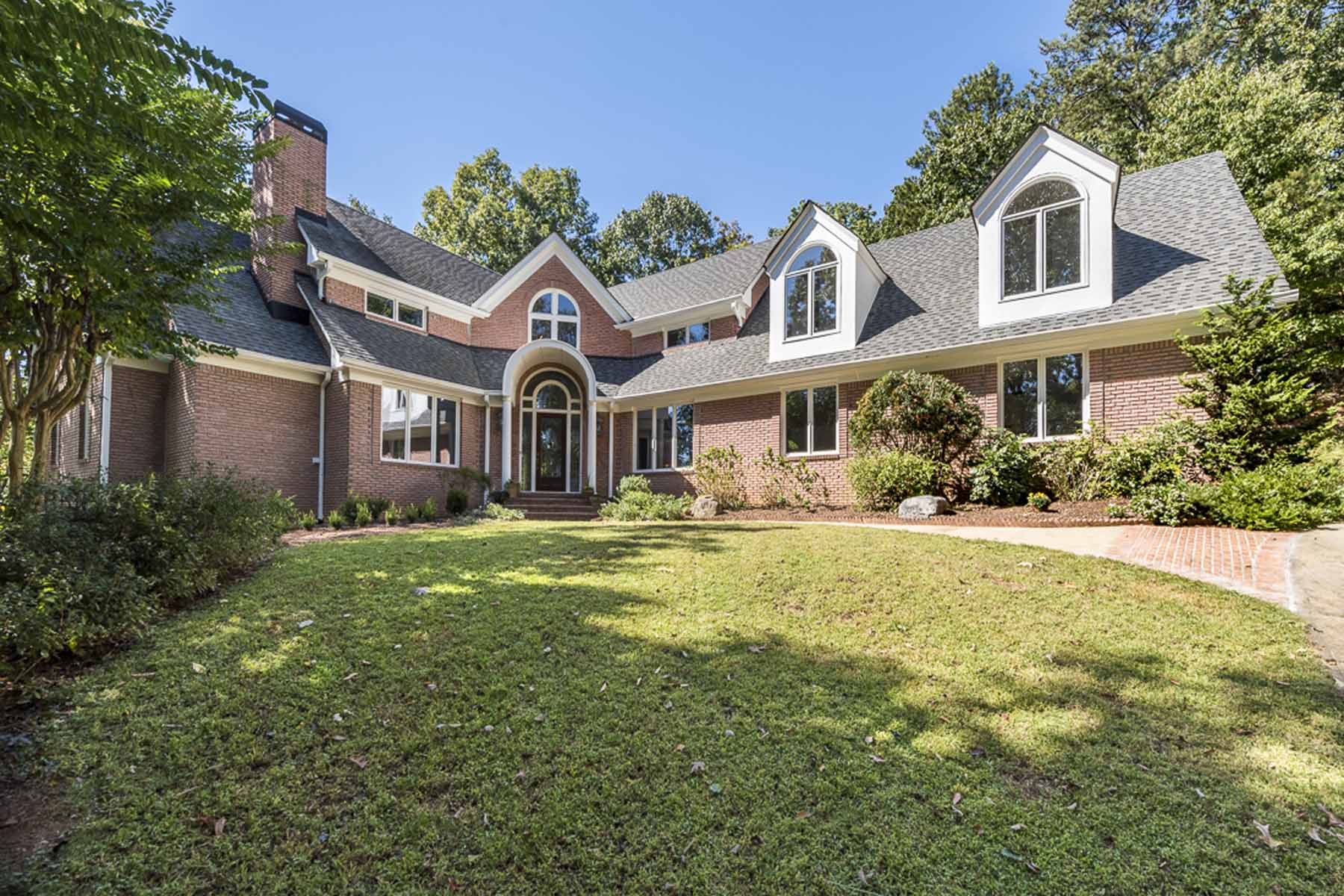 Single Family Home for Sale at Gated Retreat 4910 Spruce Bluff Drive Sandy Springs, Georgia, 30350 United States
