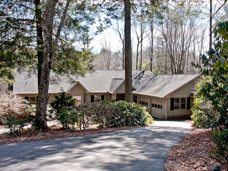 Single Family Home for Sale at 394 Cullasaja Club Drive Highlands, North Carolina 28741 United States