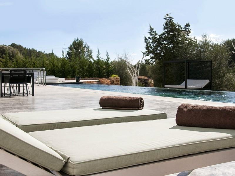 独户住宅 为 销售 在 Modern Villa In Santa Gertrudis Country Ibiza, 西亚特 07814 西班牙