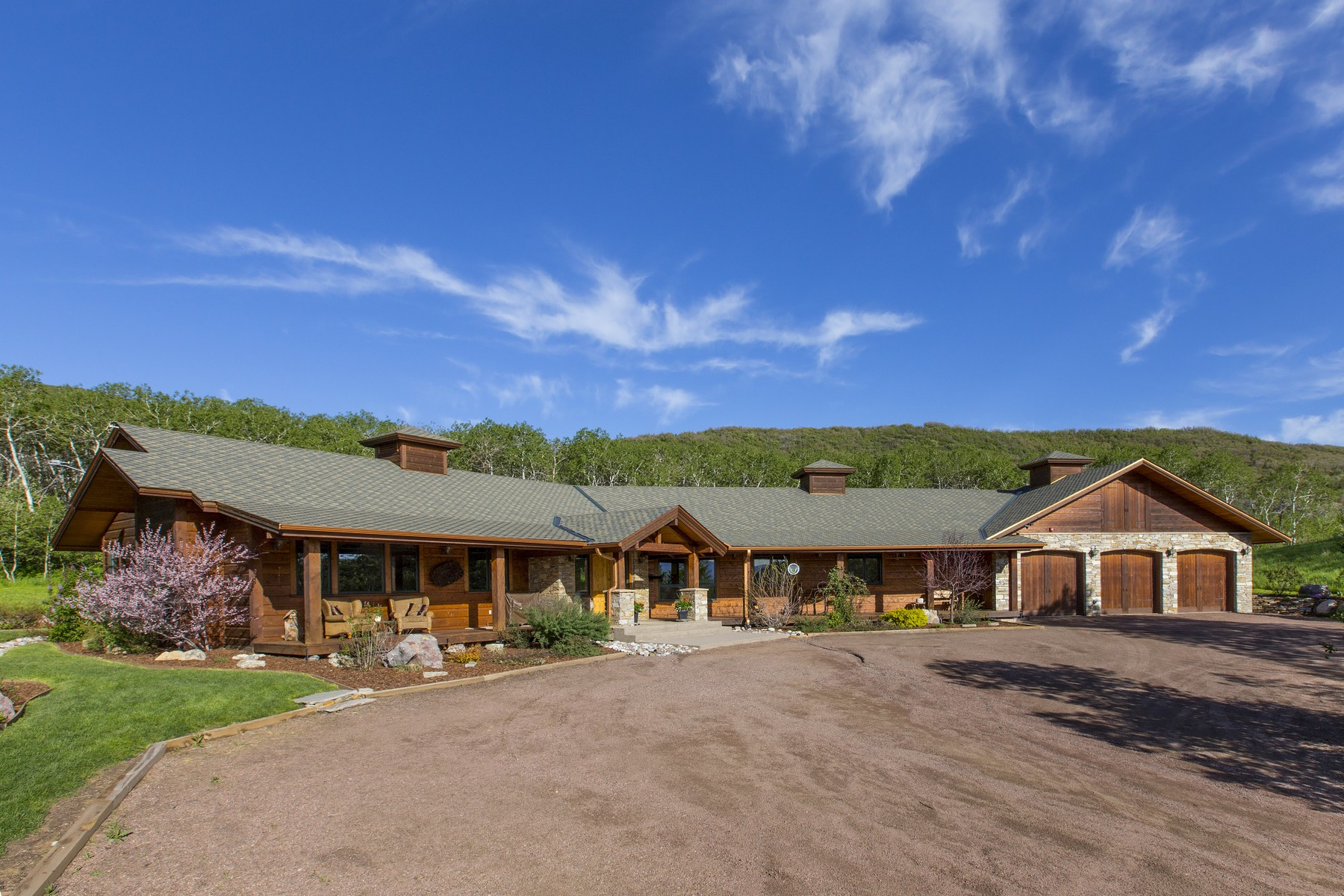 Single Family Home for Sale at Impeccable Gentleman's Ranch 26000 Deerwood Lane Oak Creek, Colorado 80467 United States