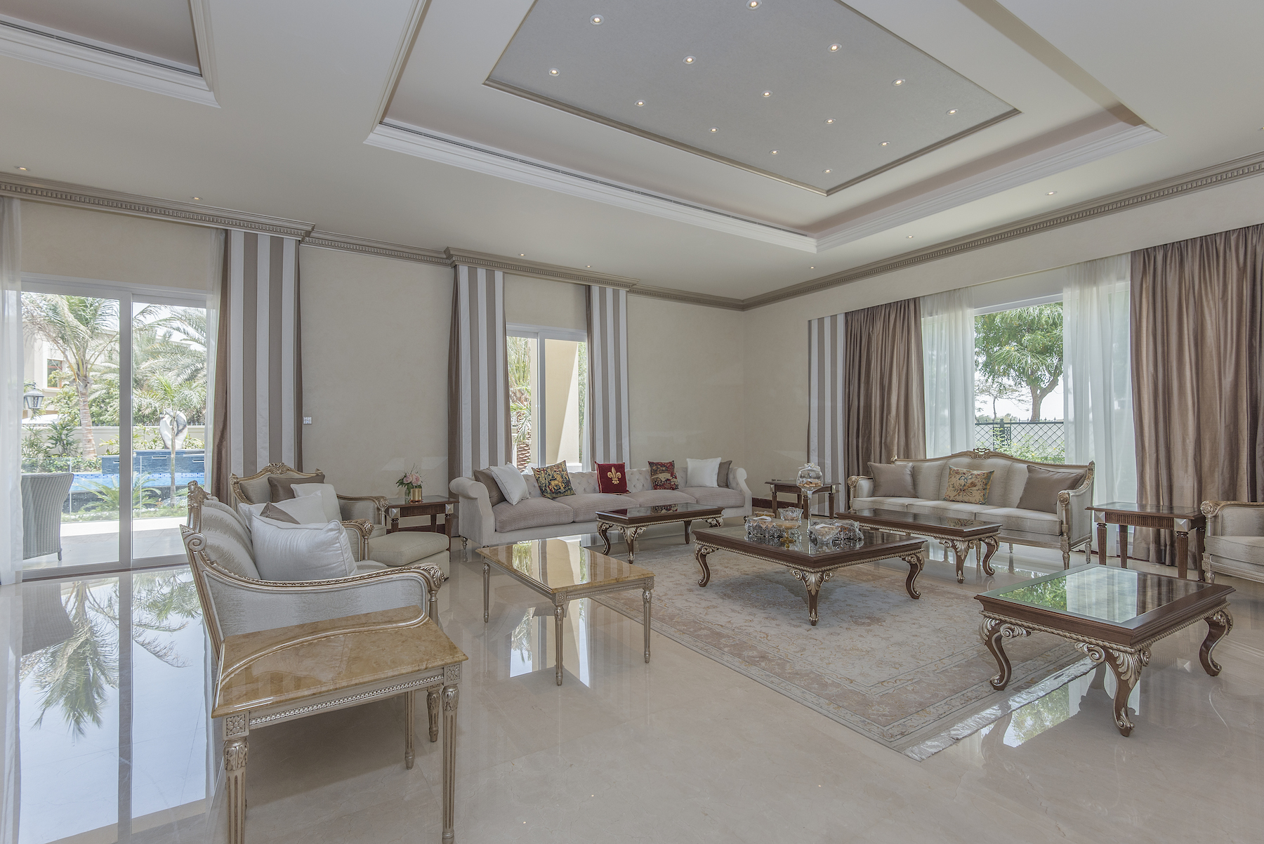 Single Family Home for Sale at Lakeview Villa Emirates Hills Emirates Hills And Living, Dubai, United Arab Emirates