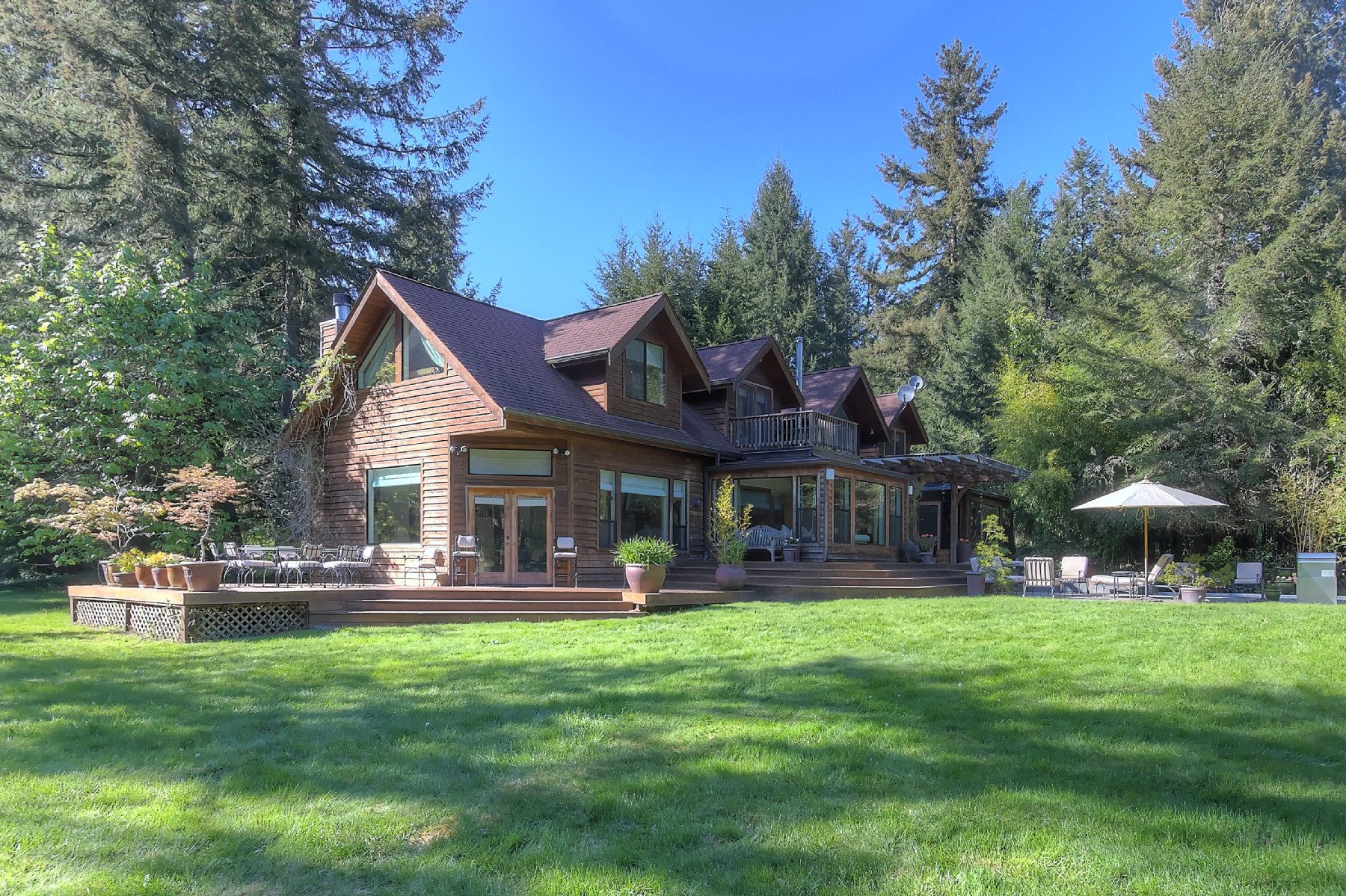 Property For Sale at Northwest Luxury Retreat