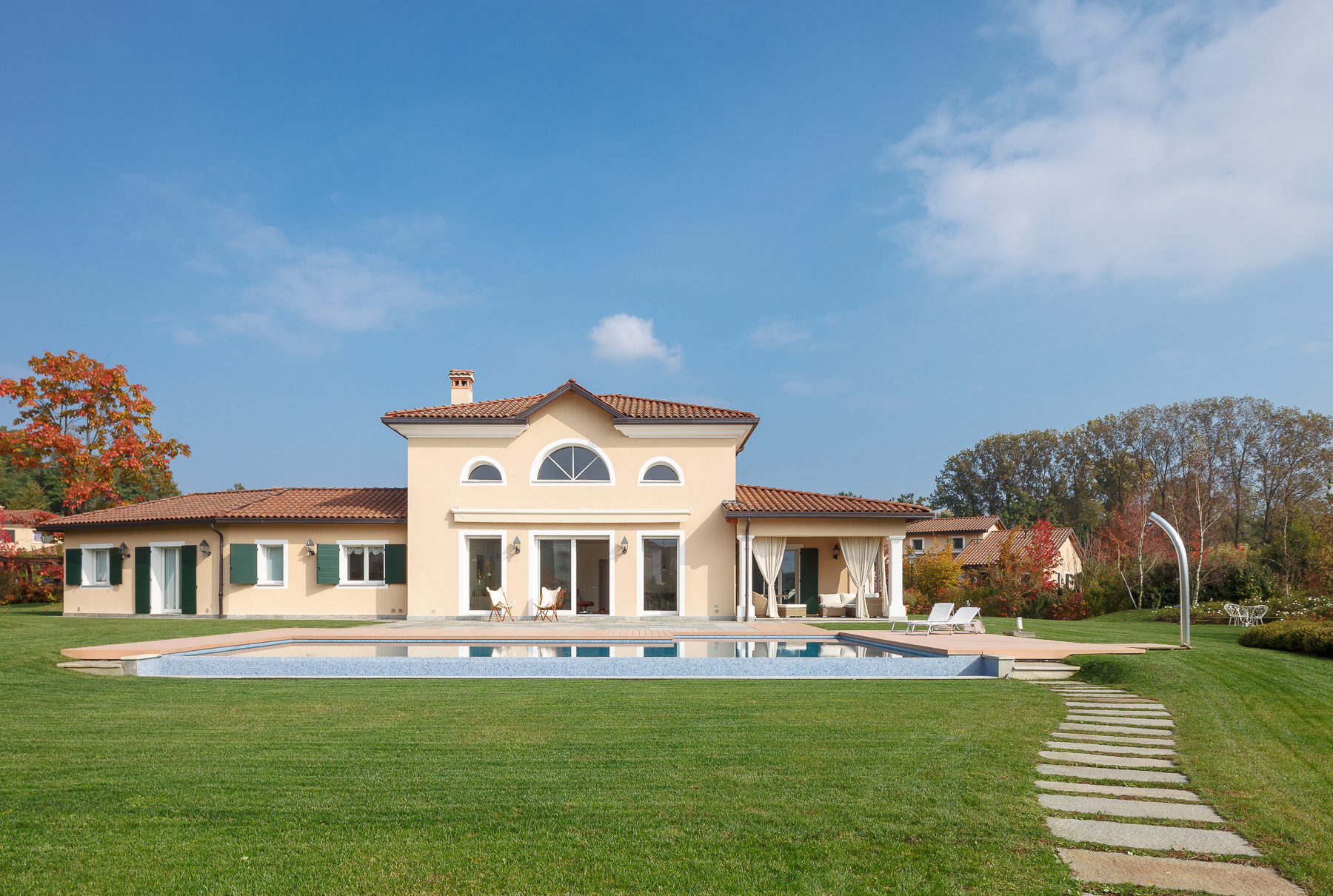 Single Family Home for Sale at Wonderful villa on two levels within the Golf Club of Bogogno Via San Isidoro Bogogno, 28010 Italy