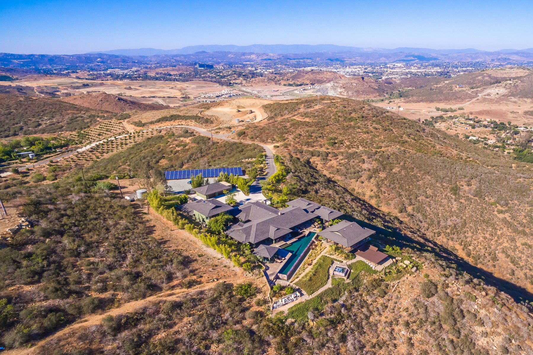 Additional photo for property listing at 20877 Wild Willow Hollow Road  Escondido, Californie 92029 États-Unis