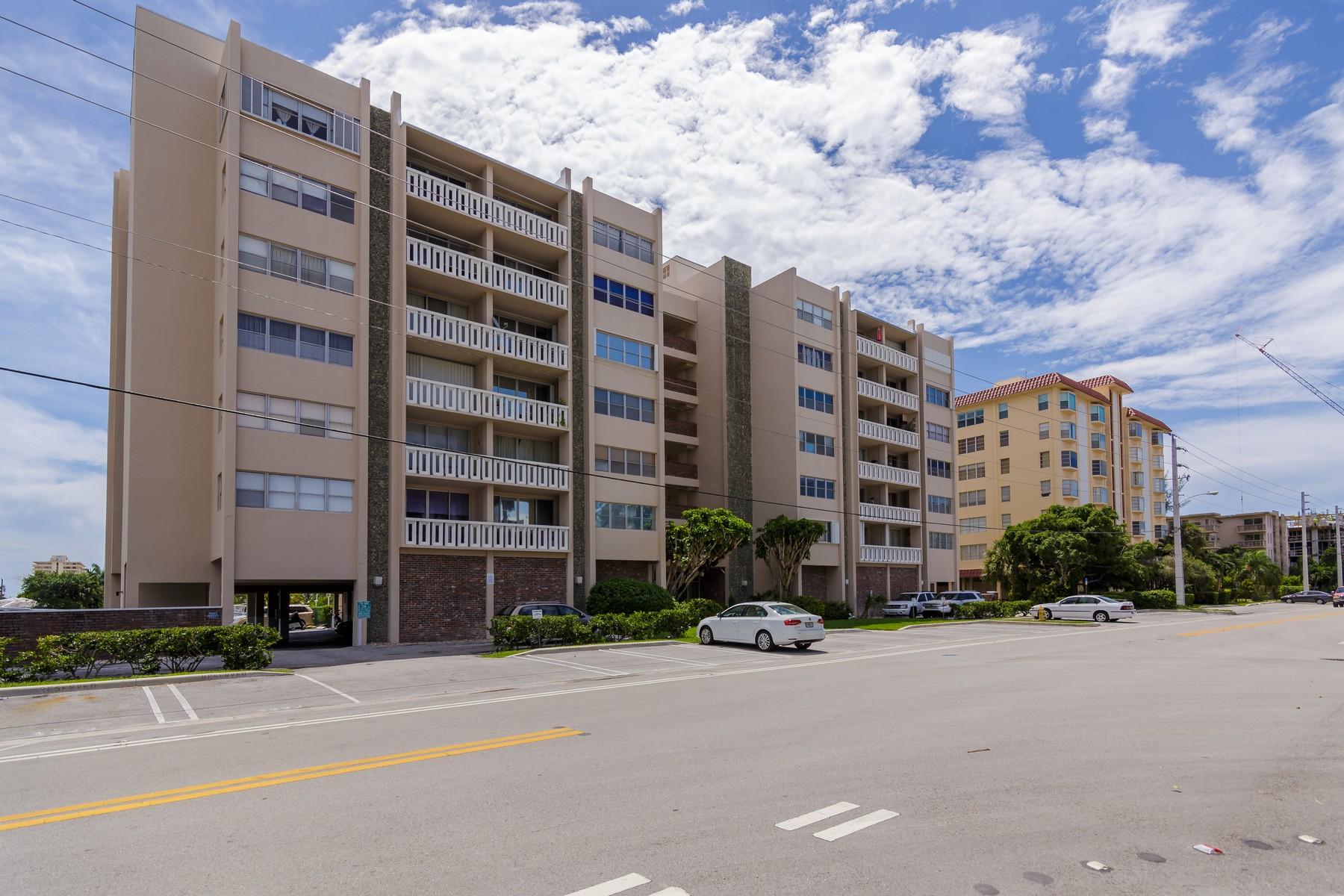 Wohnung für Verkauf beim 9381 E Bay Harbor Dr #501S Miami Beach, Florida 33154 Vereinigte Staaten