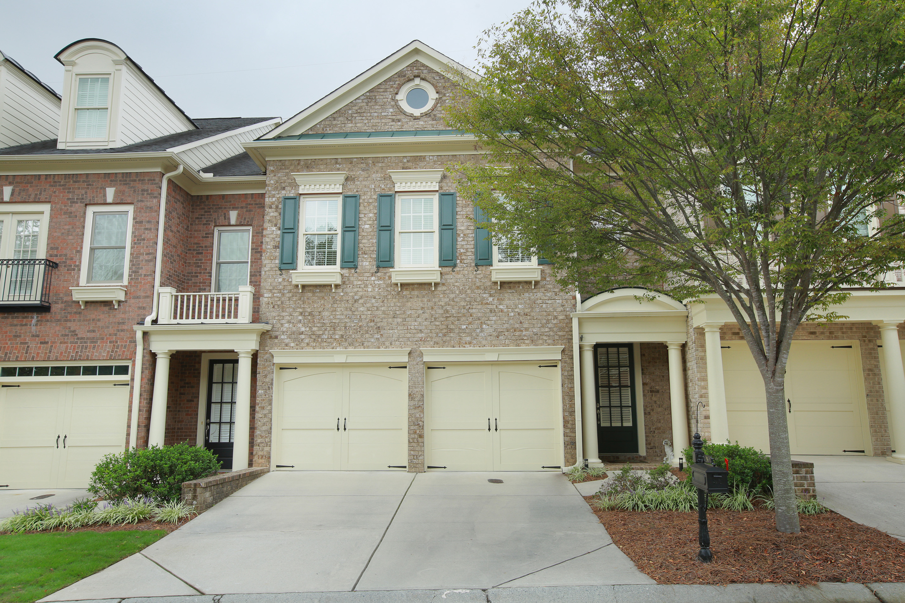 Property For Sale at Stunning Resale in John Weiland Townhome Community