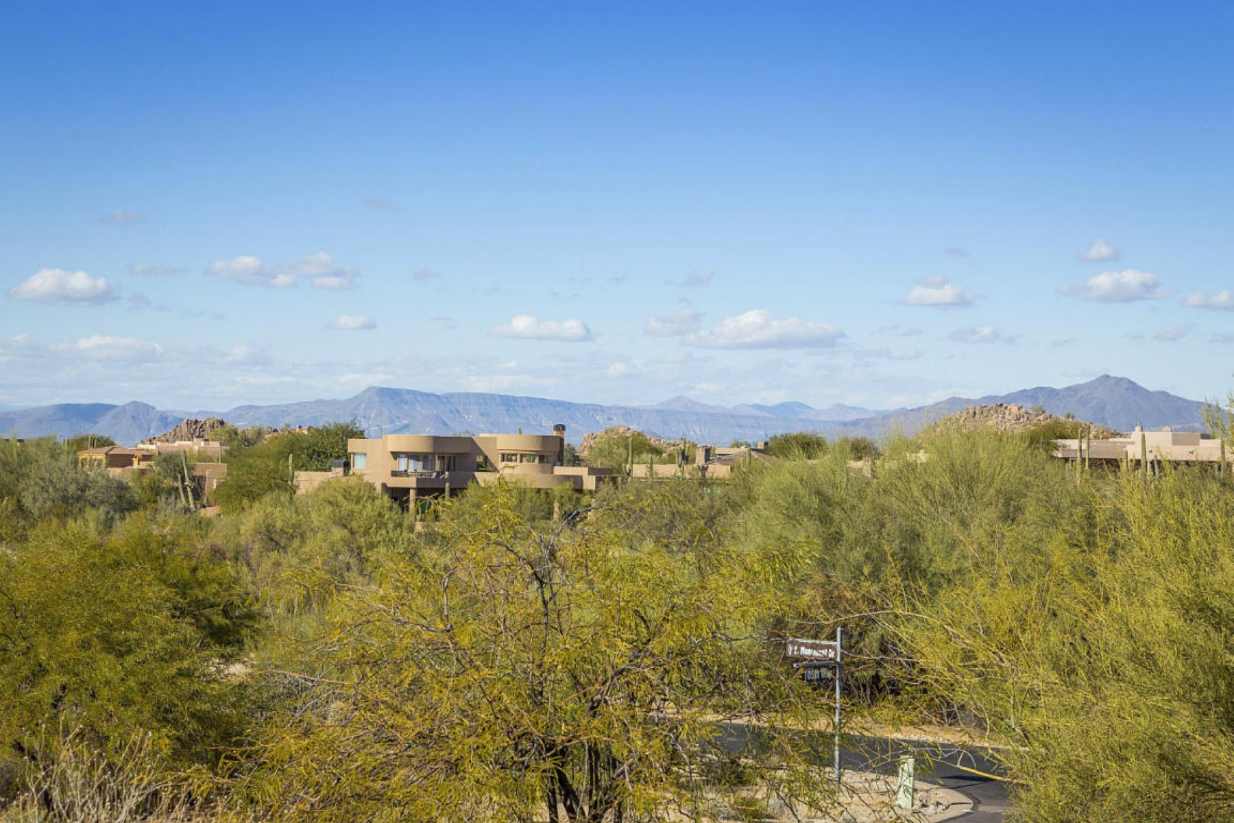 토지 용 매매 에 .61 Acre site available in guard gated Candlewood Estates 28841 N 105h Way #23 Scottsdale, 아리조나, 85262 미국
