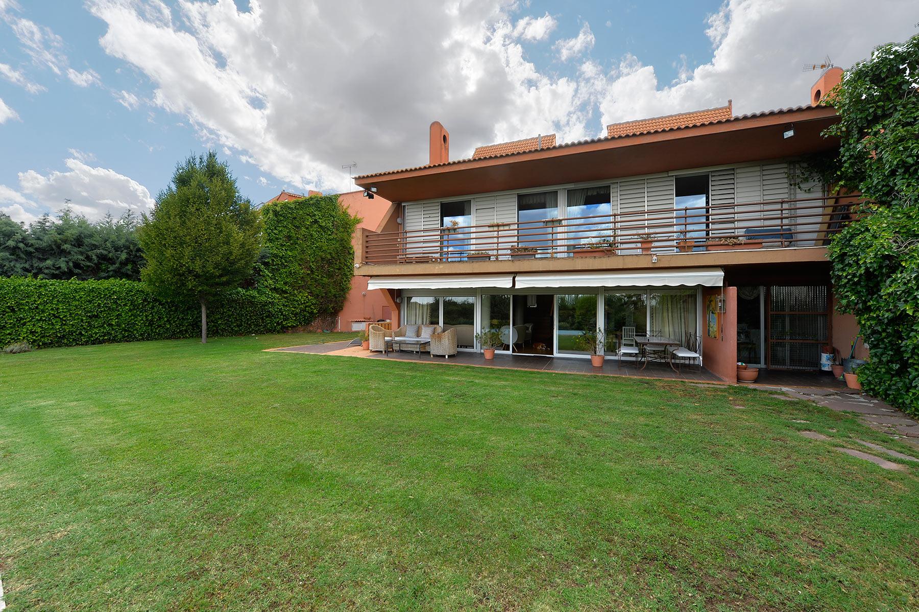 sales property at Excelente Chalet en urbanización la Balconada