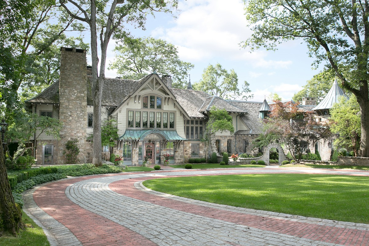 Single Family Home for Sale at The Historic Stevens Estate 450 Mendham Road Bernardsville, 07924 United States