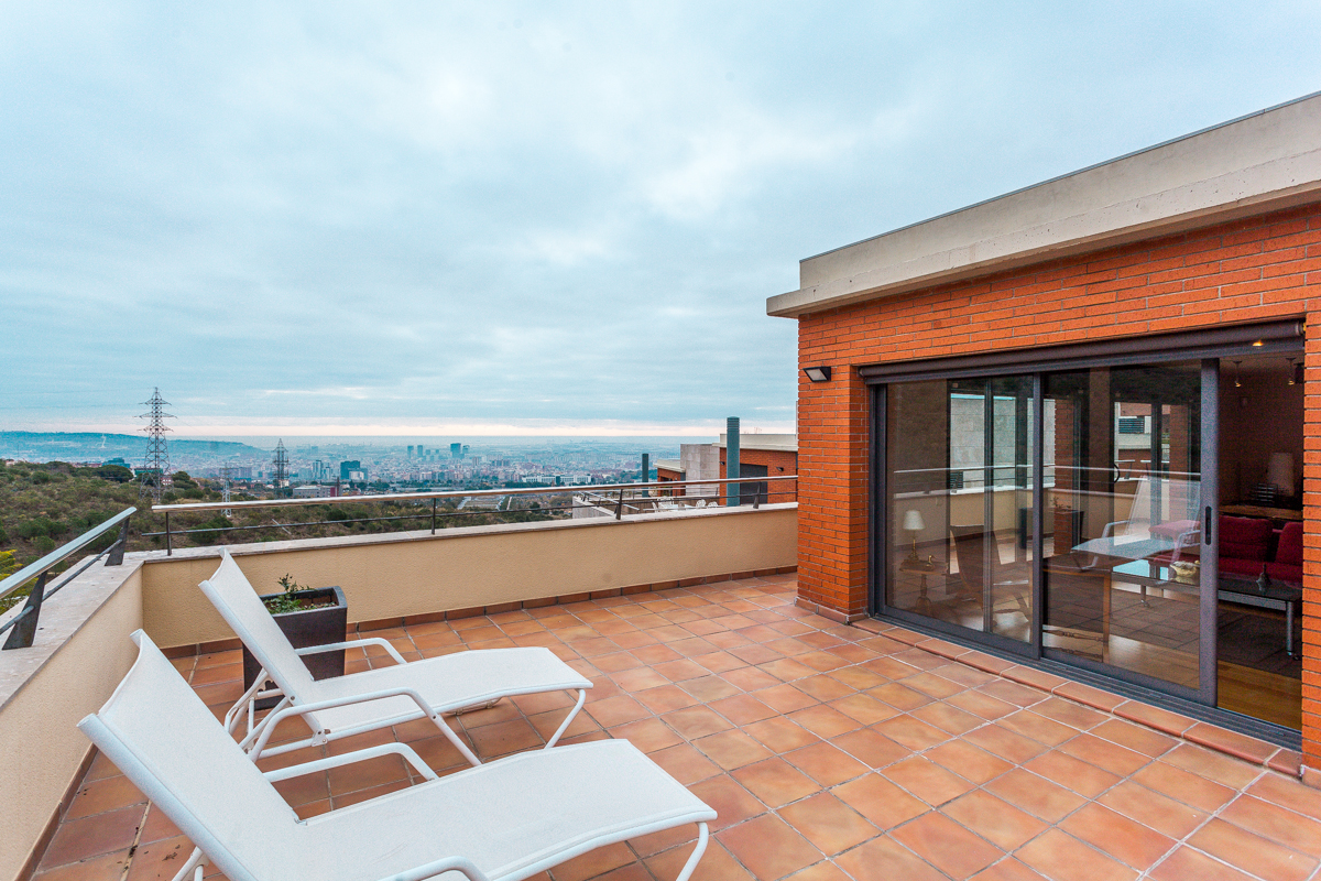 Casa Unifamiliar por un Venta en Beautiful house with views in Ciudad Diagonal Esplugues De Llobregat, Barcelona España
