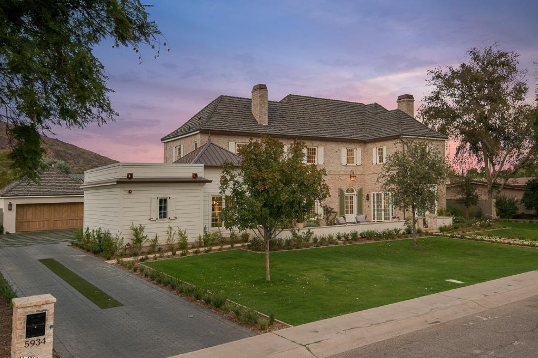 Single Family Home for Sale at Fantastic Opportunity on one of Best Lots in Arcadia 5934 E Calle Del Norte Phoenix, Arizona, 85018 United States