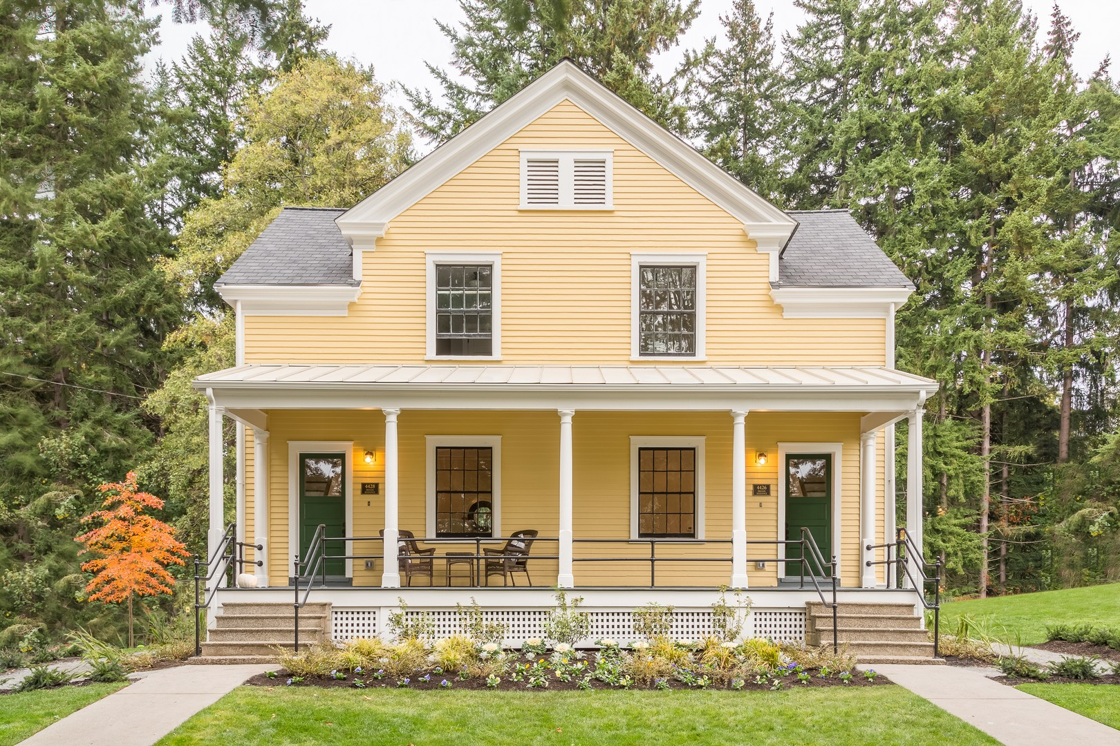 Single Family Home for Sale at The Homes at Fort Lawton in Discovery Park 4426 Montana Circle Seattle, Washington 98199 United States