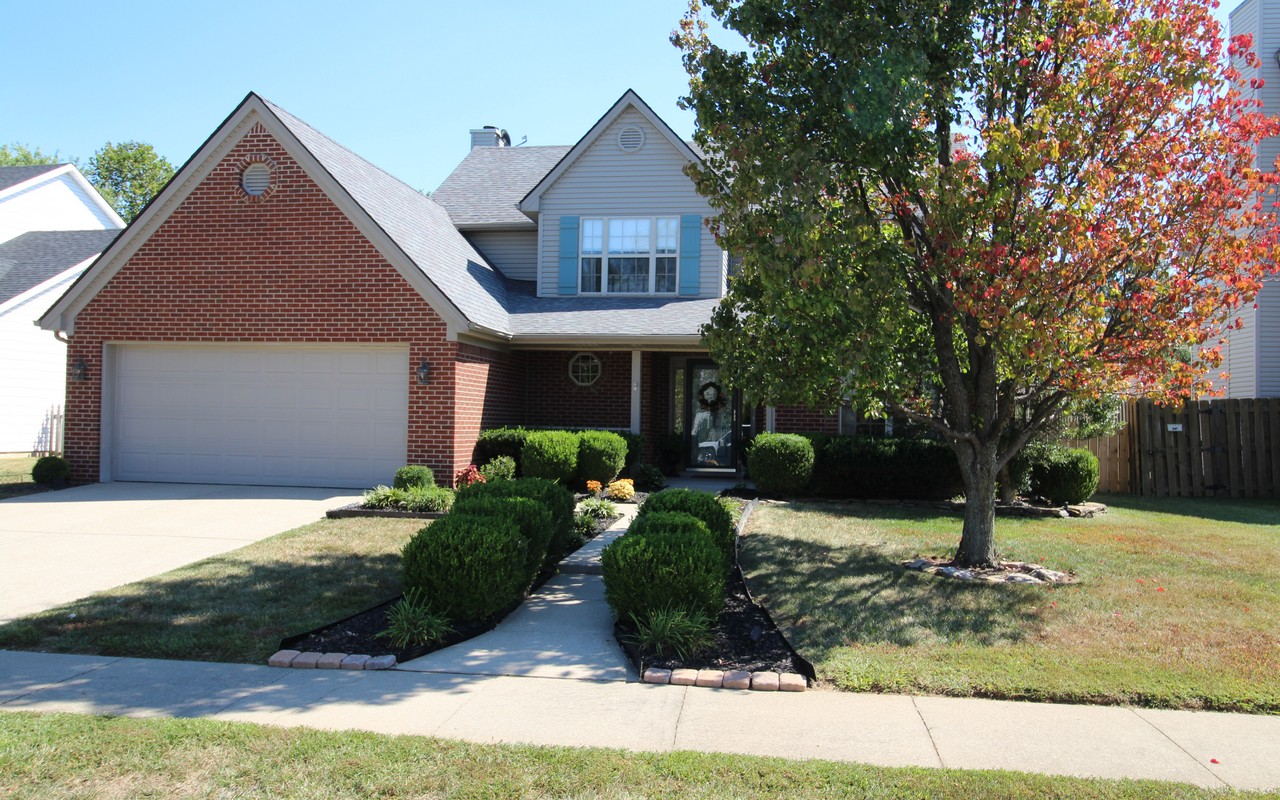 Single Family Home for Sale at 102 Cottage Garden Lane Midway, Kentucky 40347 United States