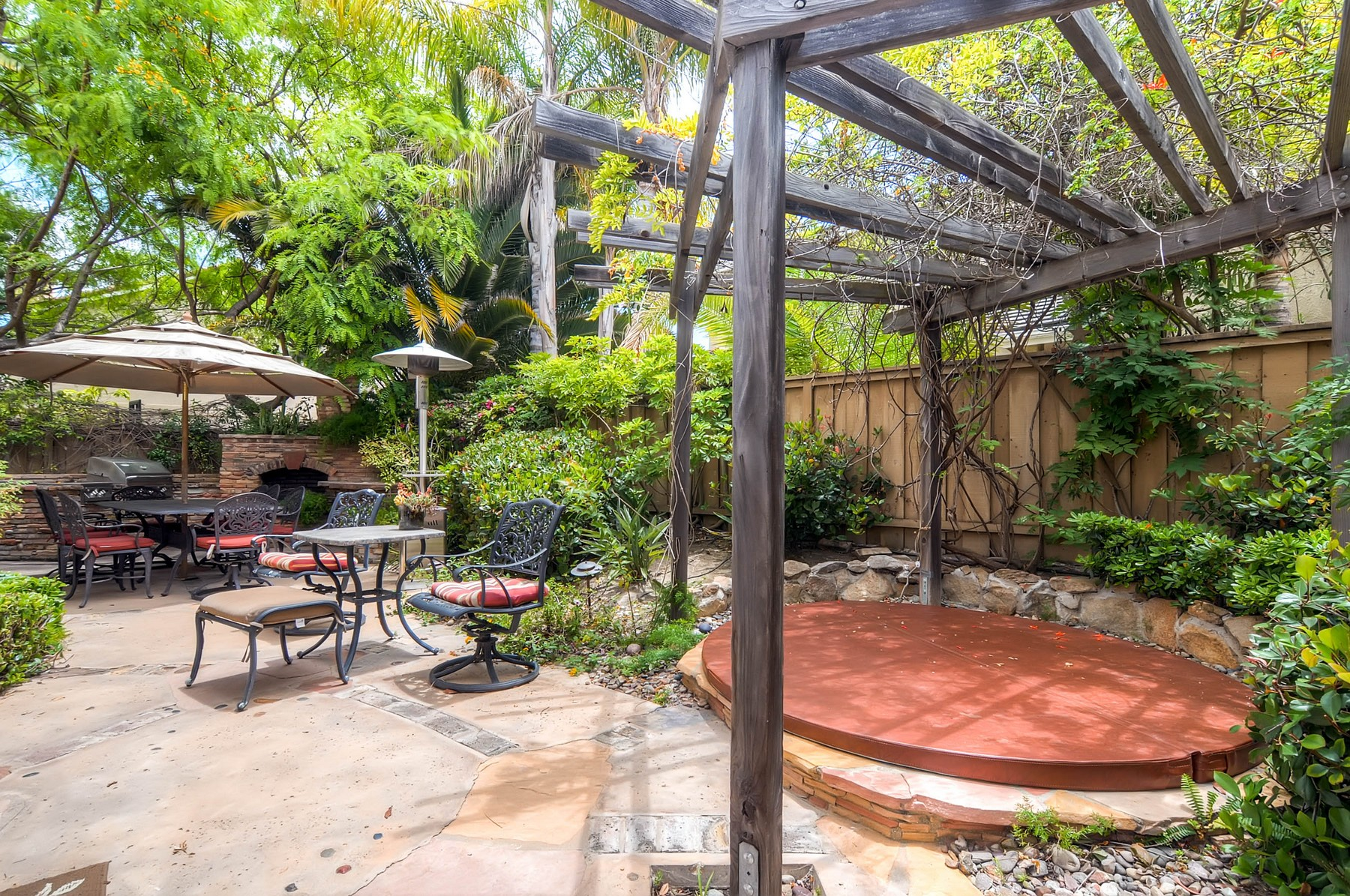 Additional photo for property listing at 3763 Torrey Hill Lane  San Diego, Californie 92130 États-Unis