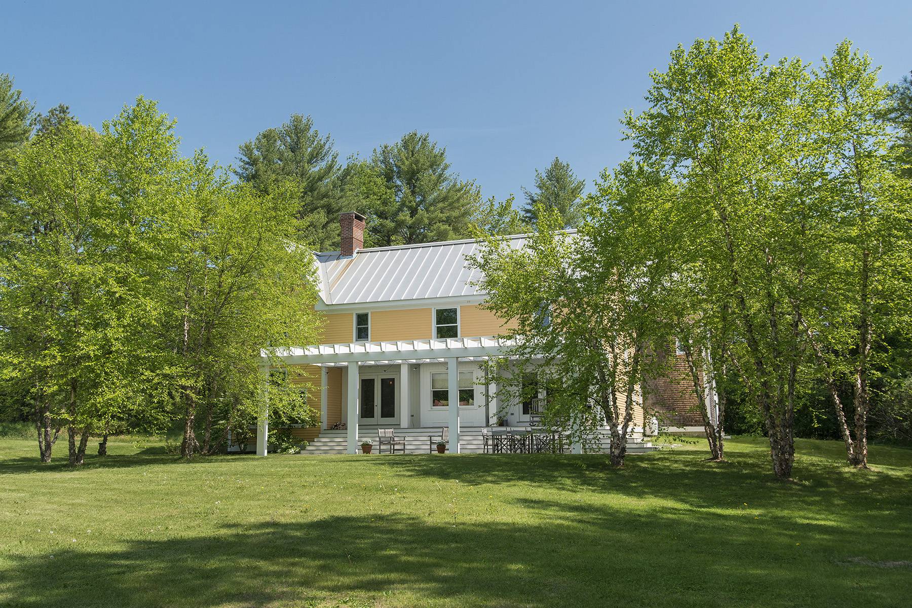 Single Family Home for Sale at 53 Field Road Cumberland, Maine 04021 United States