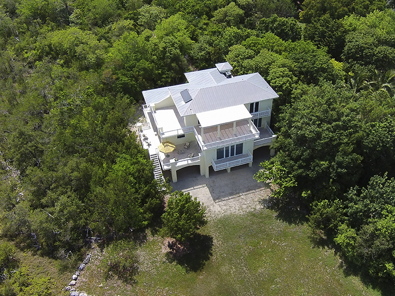 Additional photo for property listing at Ultimate Privacy in Oceanfront Living 24 Ocean Avenue Plantation Key, Florida 33070 Estados Unidos