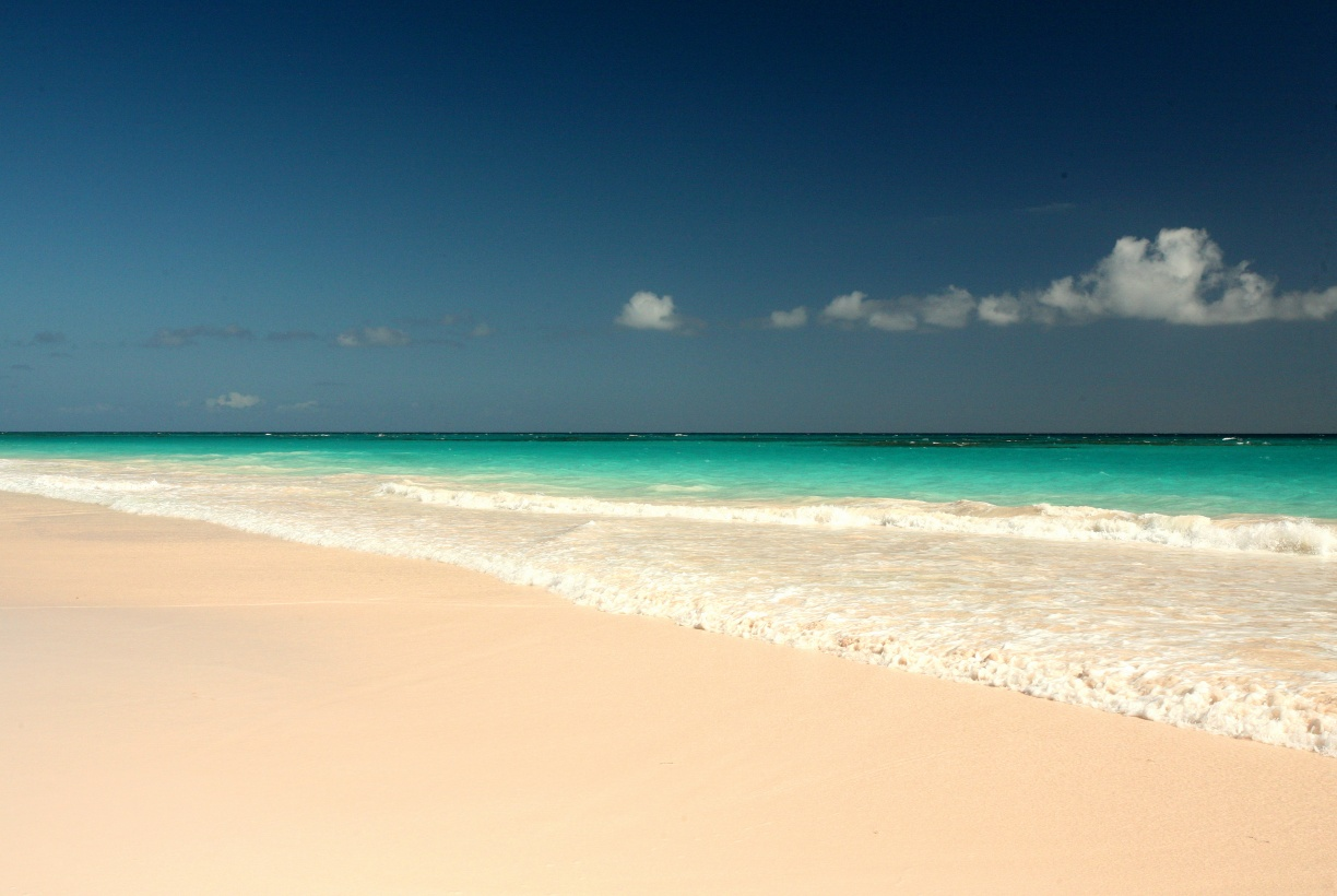 Additional photo for property listing at Rum Cay, Pink Sands Resort Harbour Island, Eleuthera Bahamas