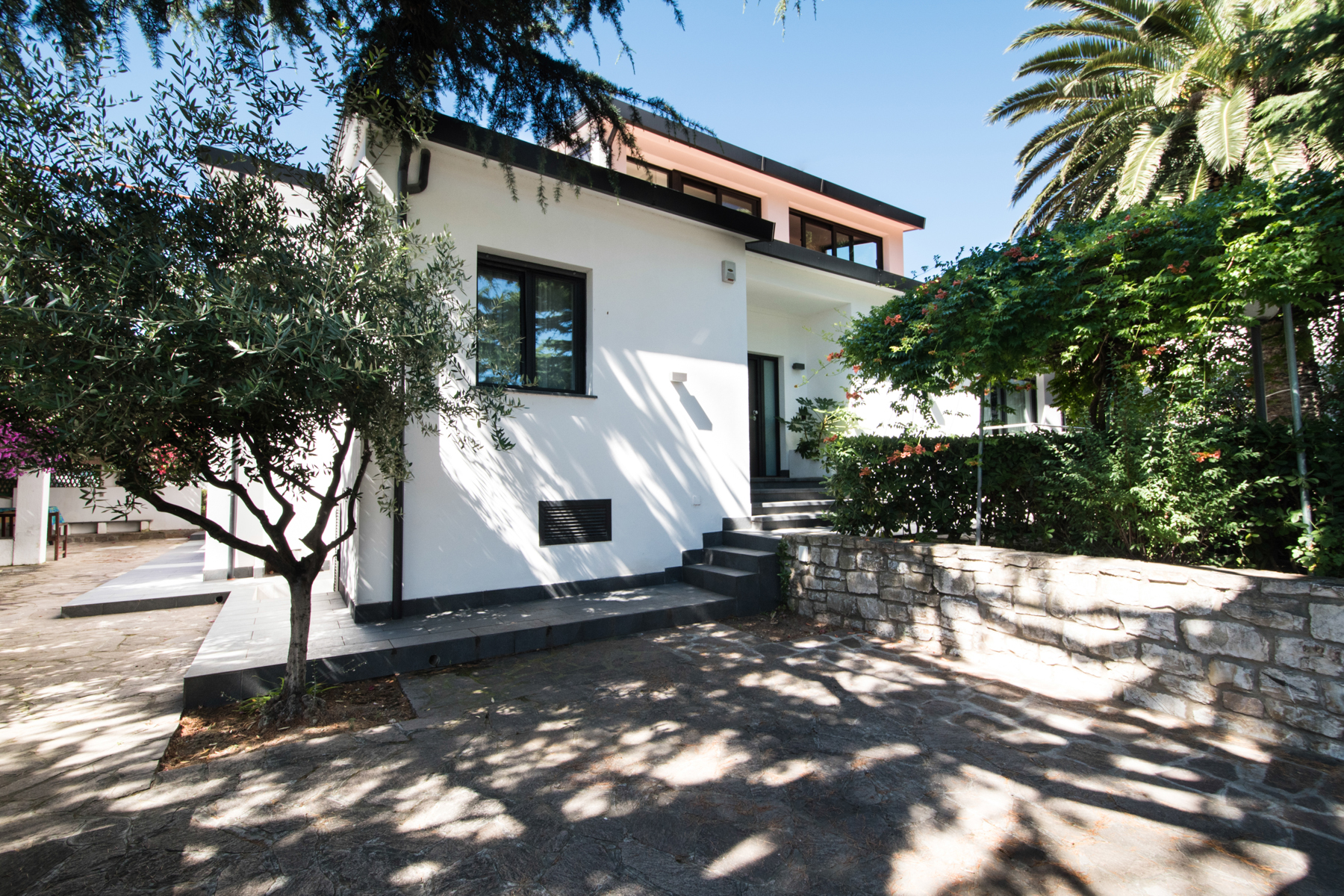 Single Family Home for Sale at Discreet villa with garden on Elba Via Murzi Marciana Marina, Livorno 57033 Italy