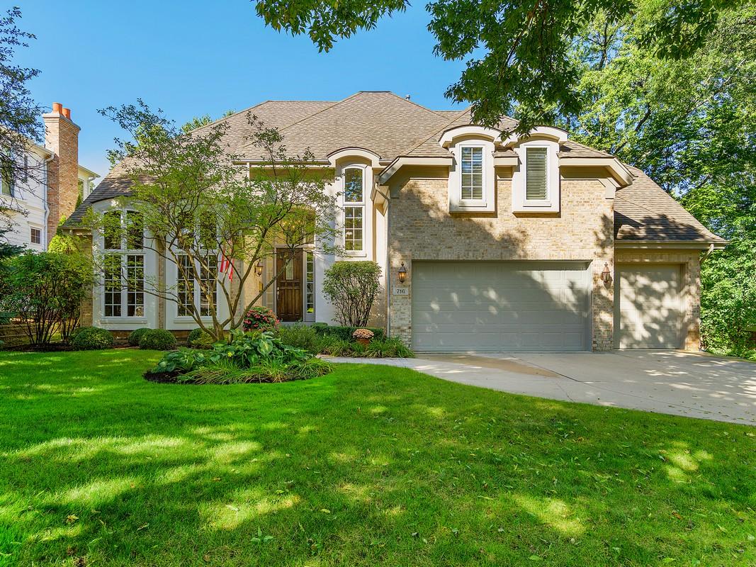 Einfamilienhaus für Verkauf beim 716 S Bruner Hinsdale, Illinois, 60521 Vereinigte Staaten