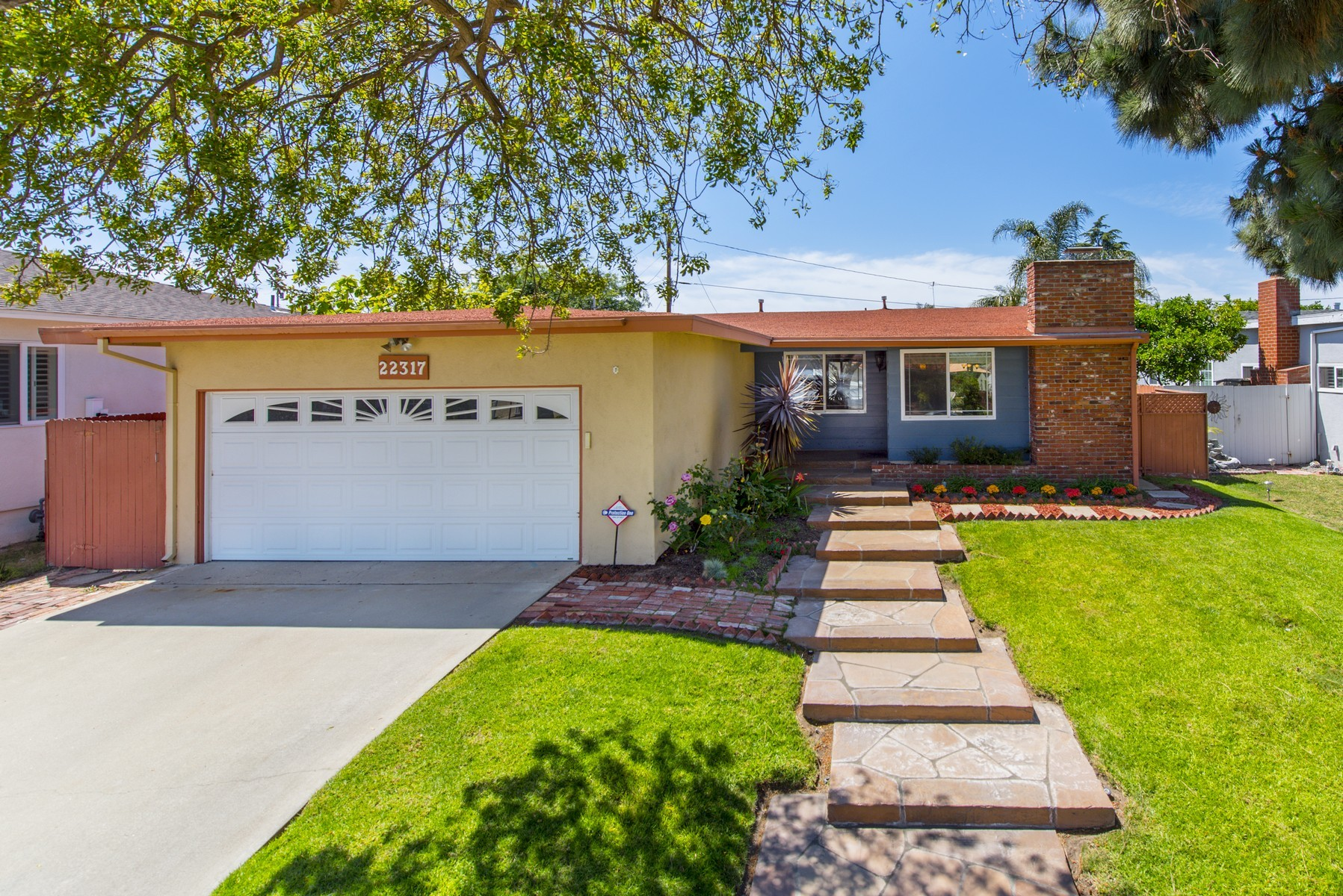 Single Family Home for Sale at 22317 Osage Ct 22317 Osage Court Torrance, California, 90505 United States