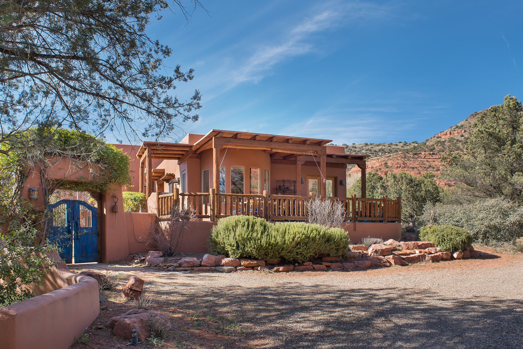 Single Family Home for Sale at Off of scenic Red Rock Loop road this southwest treasurer 75 Cimarron Ridge Drive Sedona, Arizona, 86336 United States