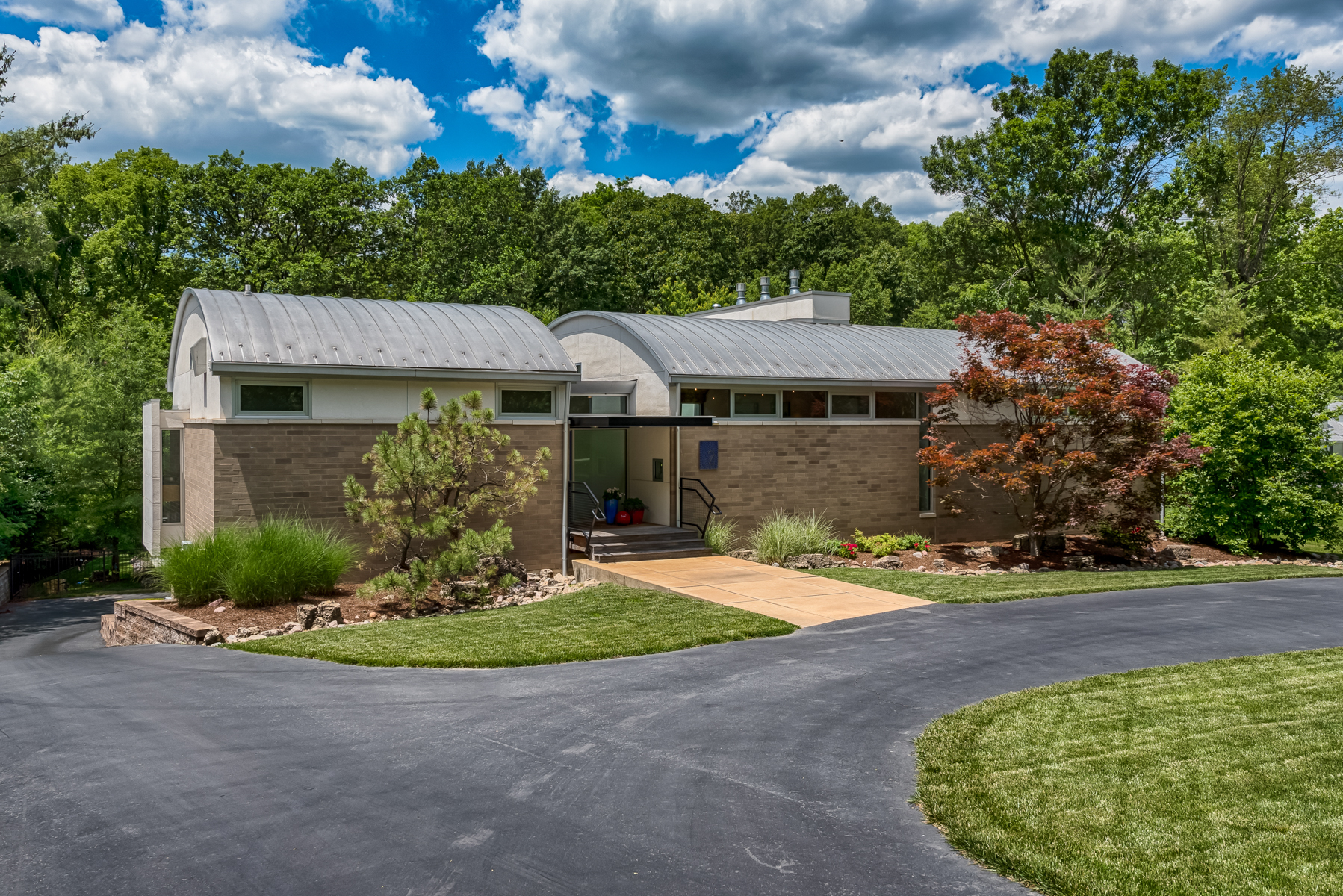 独户住宅 为 销售 在 Winding Brook 2 Winding Brook Lane Ladue, 密苏里州, 63124 美国