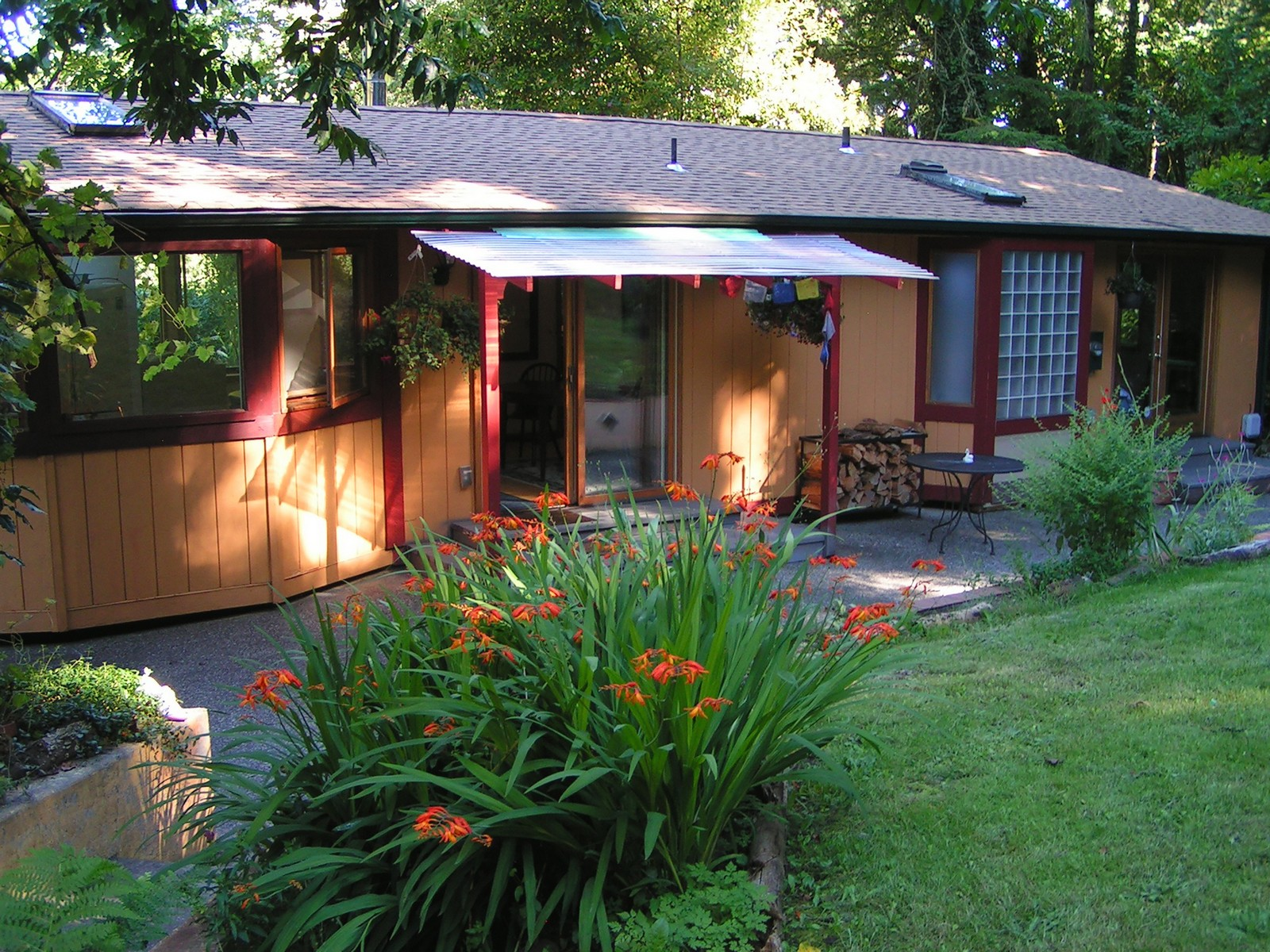 open-houses property at 24719 Vashon Hwy SW