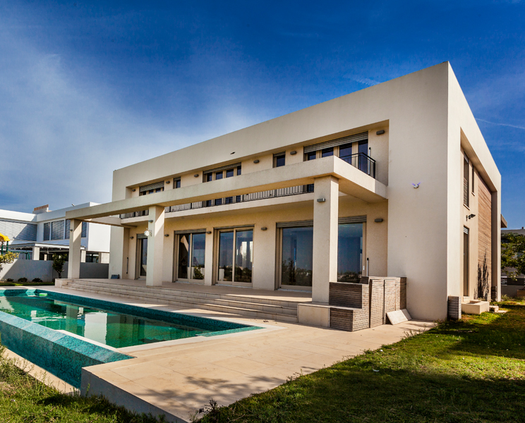 Single Family Home for Sale at Caesarea Golf Mansion Tal 13 Caesarea, Israel 3088900 Israel
