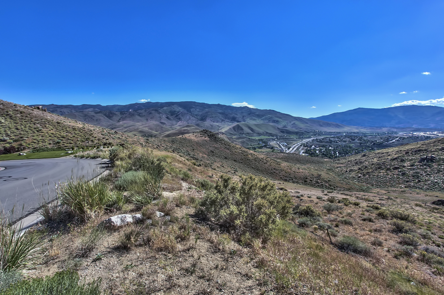 Single Family Home for Sale at 1405 River Hill Way Somersett, Reno, Nevada 89523 United States