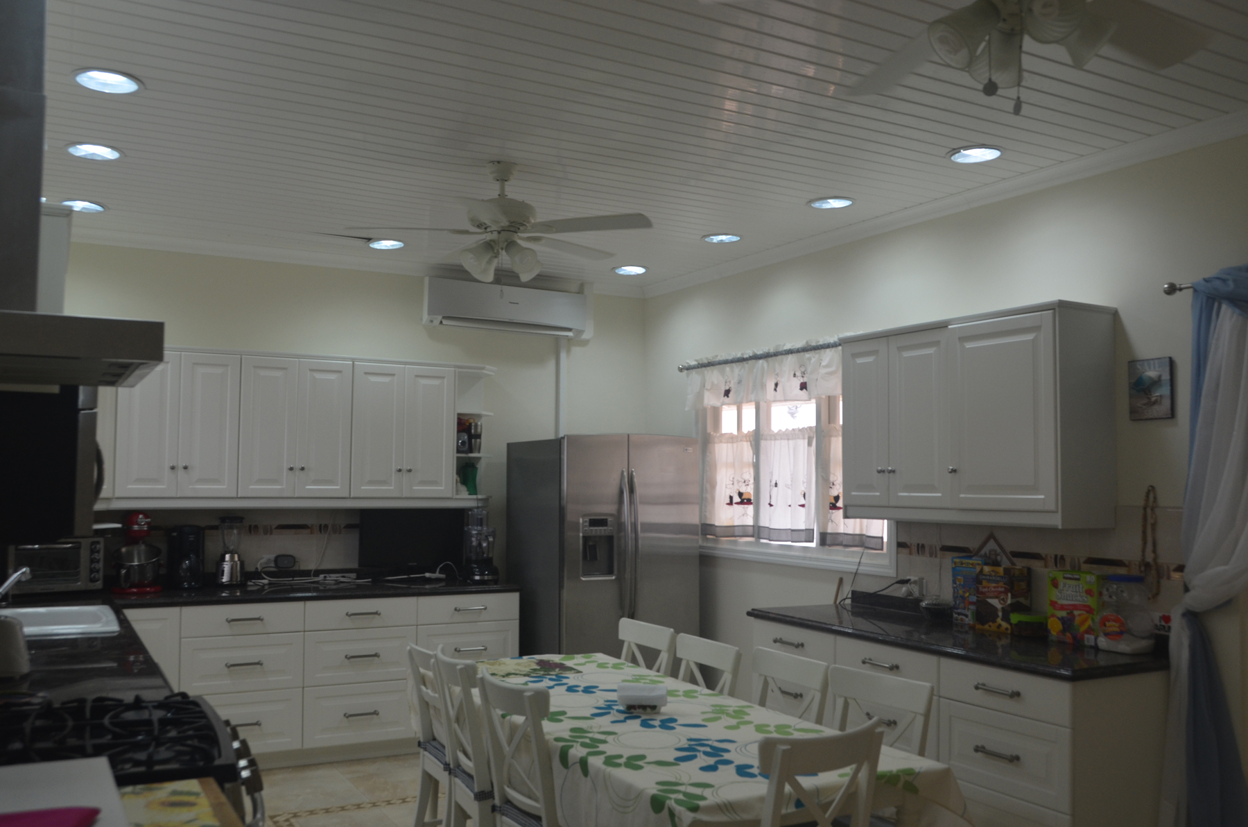 Additional photo for property listing at On level Villa infront of the Caribbean Ocean Malmok, 阿鲁巴 阿鲁巴岛