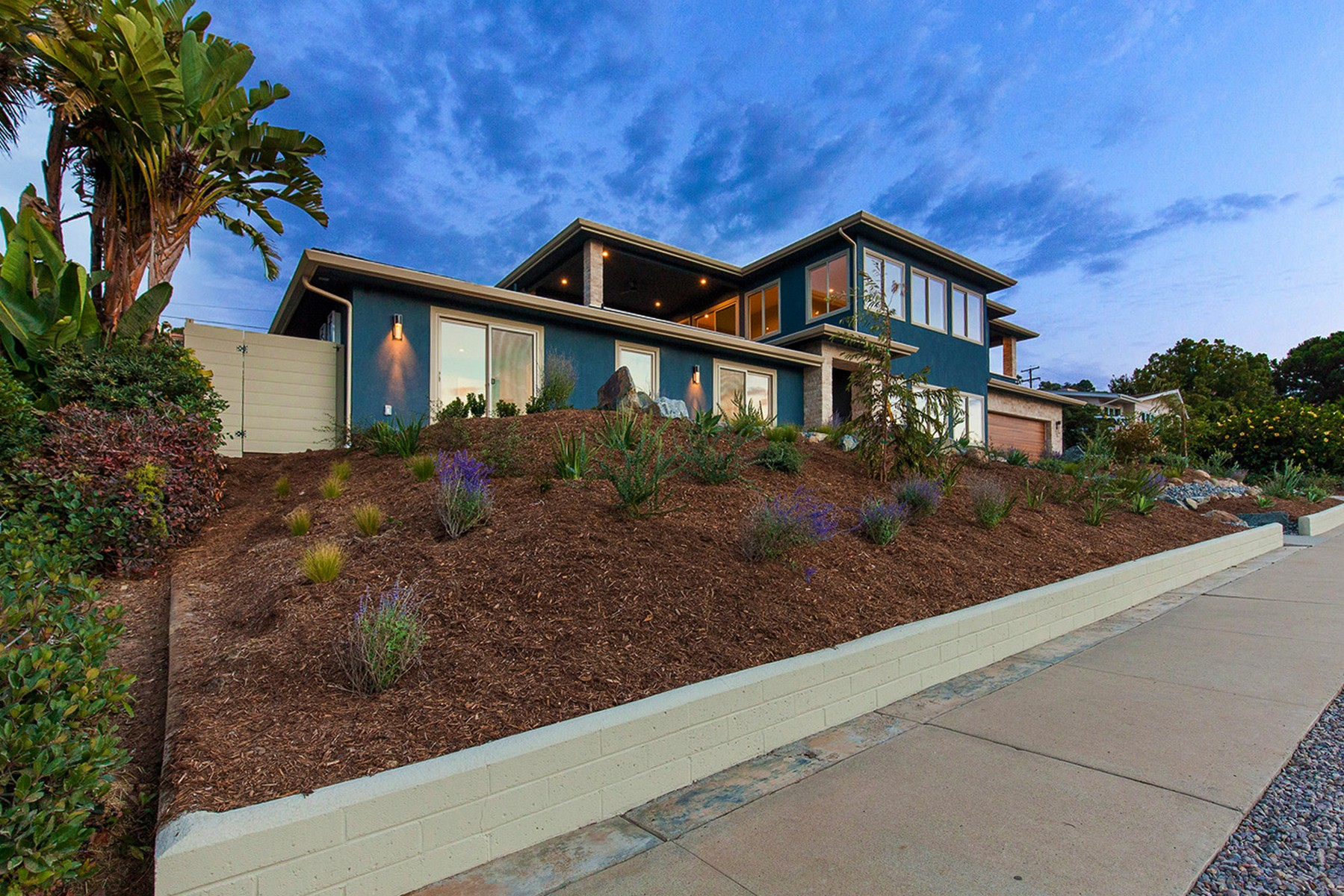 Additional photo for property listing at 6645 Avenida De Las Pescas  La Jolla, California 92037 United States