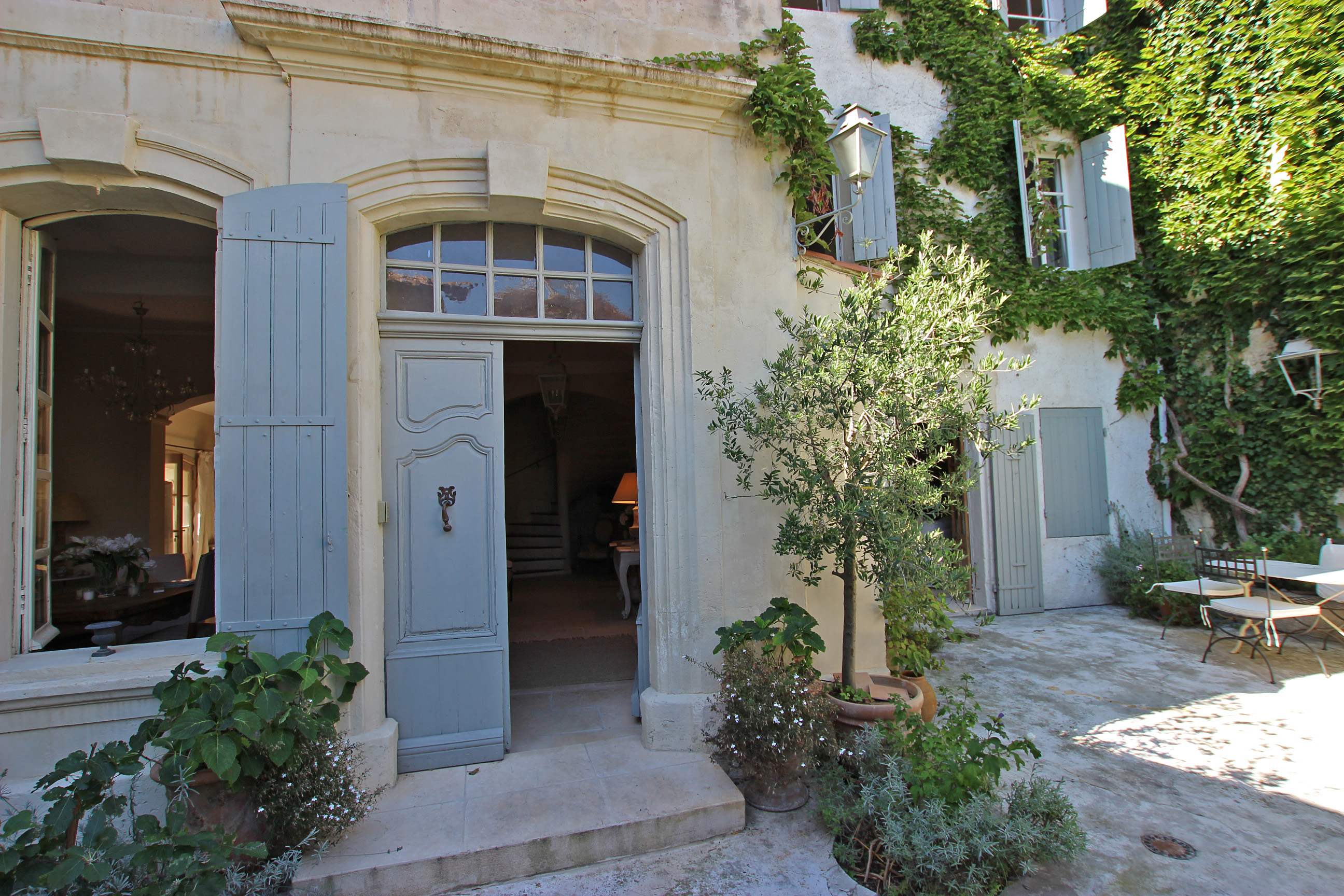 Townhouse for Sale at delightful townhouse from 1745 in the heart of fontvieille- Provence Fontvieille, Provence-Alpes-Cote D'Azur 13890 France