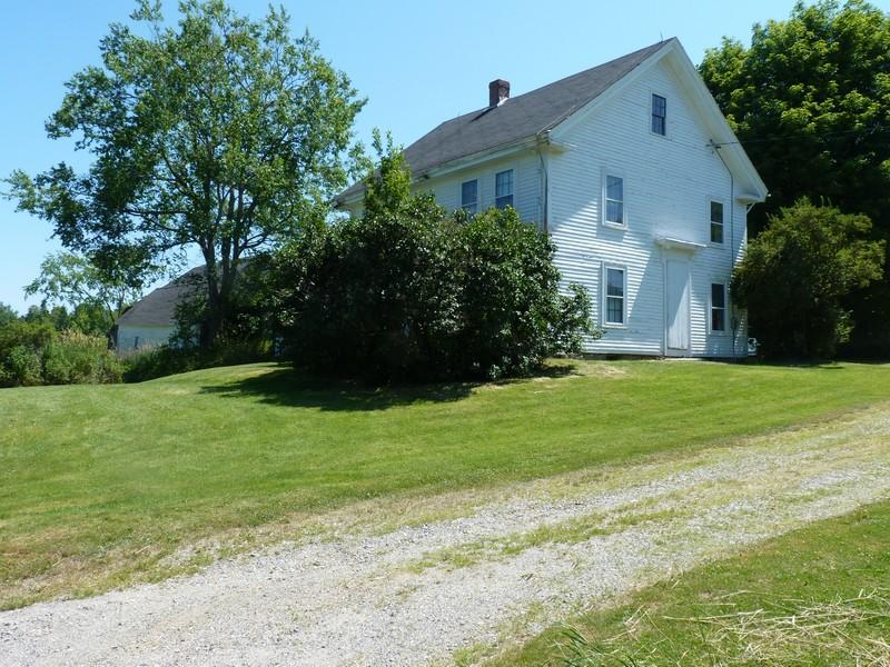 Maison unifamiliale pour l Vente à Hart Homestead 430 Copeland Hill Road Holden, Maine, 04429 États-Unis