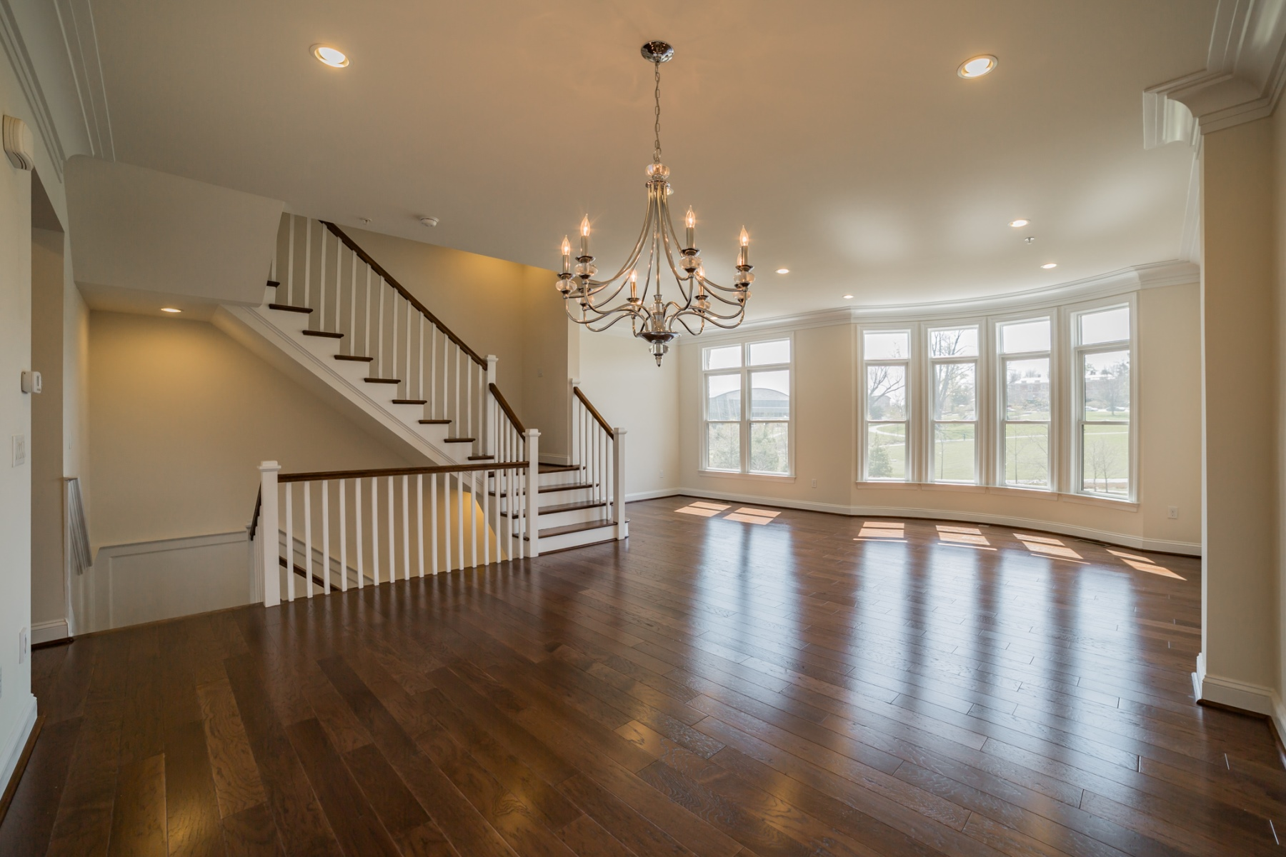 Additional photo for property listing at 10777 Symphony Park Drive, North Bethesda  North Bethesda, Maryland 20852 Stati Uniti