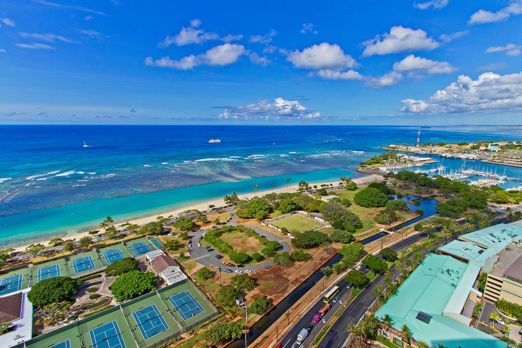 콘도미니엄 용 매매 에 Mesmerizing Oceanviews Hokua 1288 Ala Moana Blvd 32C Kakaako, Honolulu, 하와이 96814 미국
