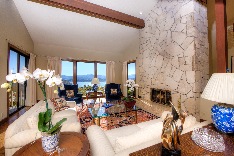 Single Family Home for Sale at Gracious Tiburon Home 179 Avenida Miraflores Tiburon, California 94941 United States