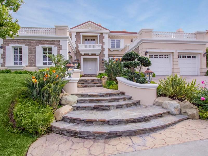 Villa per Vendita alle ore 3750 Marfield Ave Tarzana, California 91356 Stati Uniti