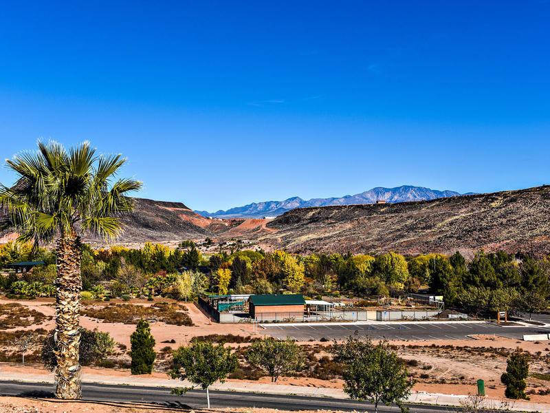 Đất đai vì Bán tại Talk About Views! Great Neighborhood! Lot 53 W Lava Point Dr St. George, Utah 84770 Hoa Kỳ