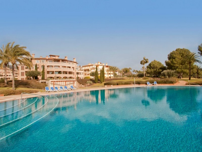 Property Of Apartment in Mardavall with sea access
