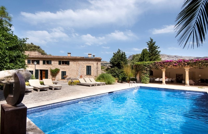 Property Of Magnificent historical country estate in Pollensa