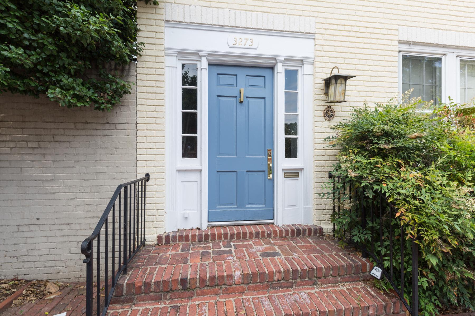 sales property at 3273 P Street Nw, Washington
