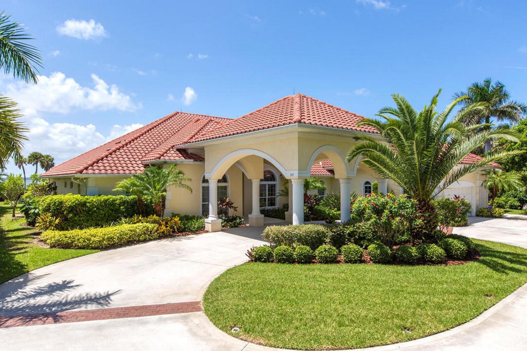 Casa para uma família para Venda às 164 Bayshore Drive Melbourne Beach, Florida, 32951 Estados Unidos