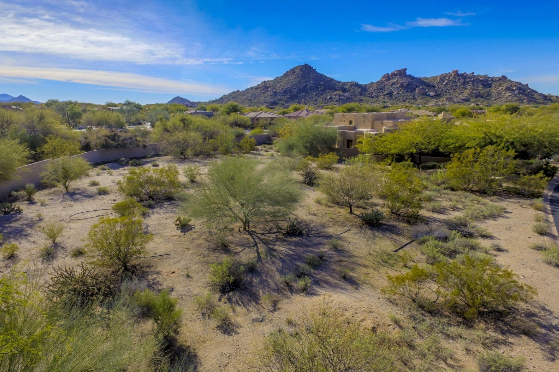 Land für Verkauf beim Beautiful desert lot 7875 E Thorntree Dr E #8 Scottsdale, Arizona, 85266 Vereinigte Staaten