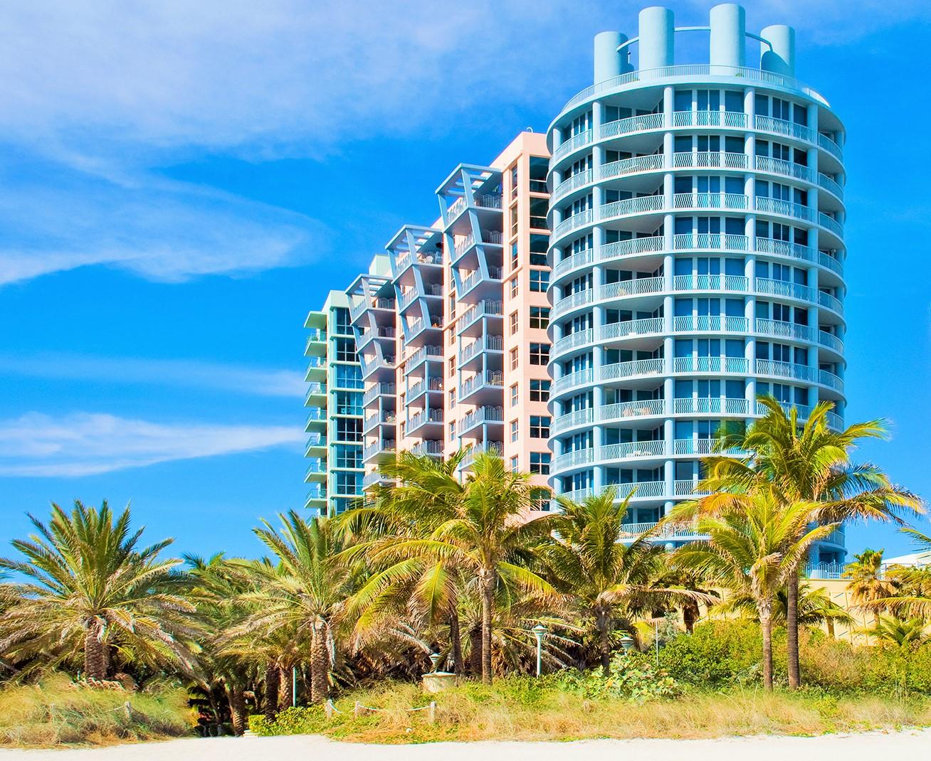 共管物業 為 出售 在 1500 OCEAN DR #1201 Miami Beach, 佛羅里達州, 33139 美國