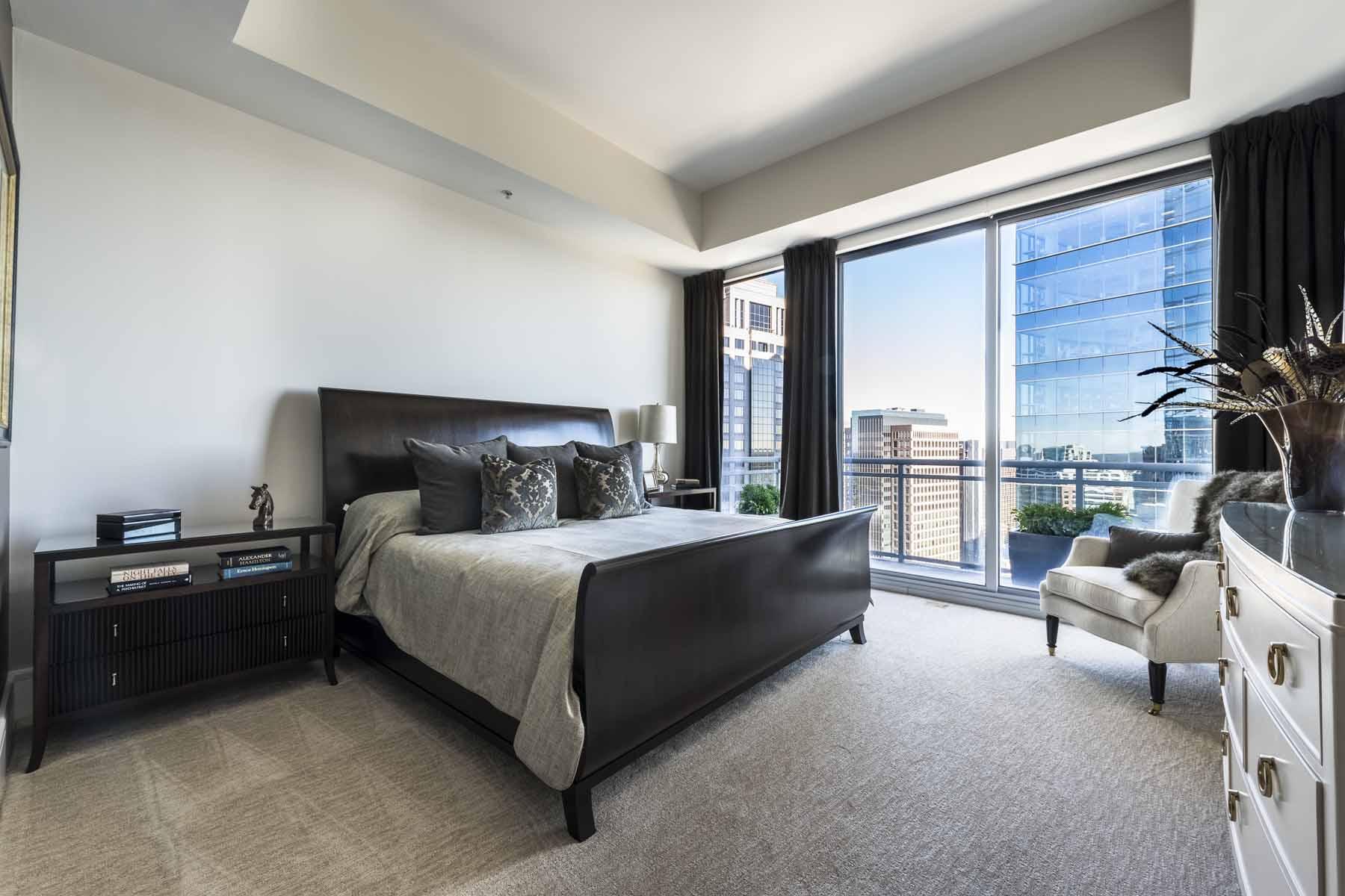 Condominium for Sale at One Bedroom Condo in Hip Intown Atlanta Location 1065 Peachtree Street NE Unit 3201 Atlanta, Georgia, 30309 United States