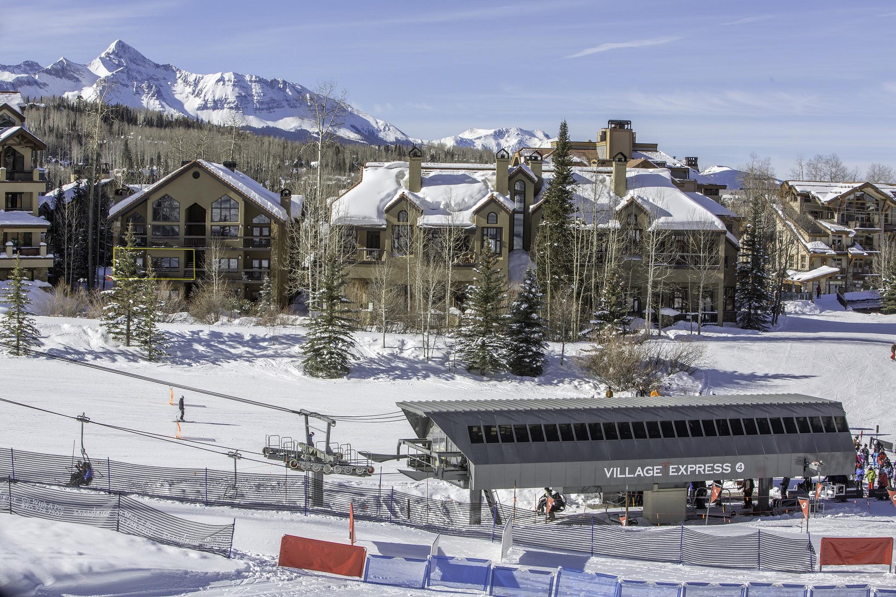 Condominio por un Venta en Kayenta Phase II Unit 12 129 Lost Creek Lane, Unit 12 Telluride, Colorado, 81435 Estados Unidos